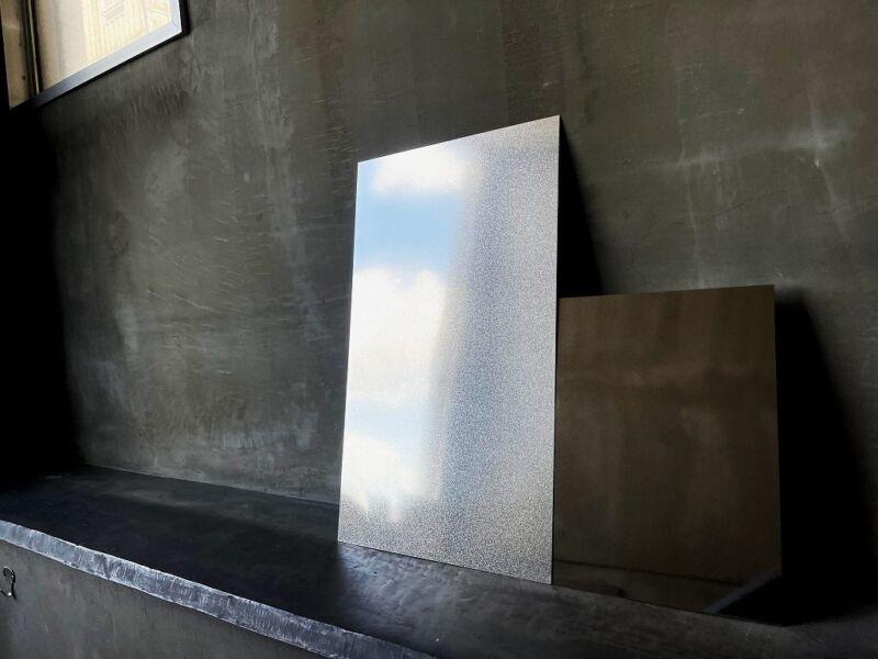 アルミニウム、ステンレス半鏡面仕上げ